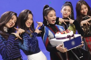 "ITZY ""Dalla Dalla"" MV Behind Episode 5 Cover"